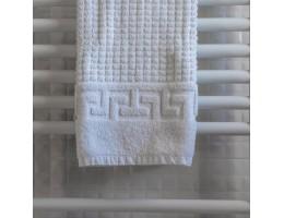 Какой полотенцесушитель лучше – электрический или водяной?