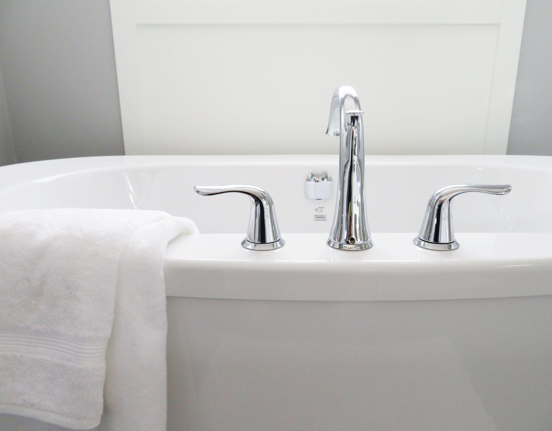 Как правильно выбрать смеситель для ванны